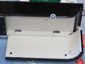 G S E502 обзор приемника, корпус устройства открываем крышку картаприемника.